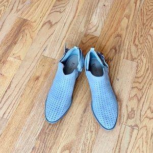 NWOT Restricted Block Heel Booties 6.5